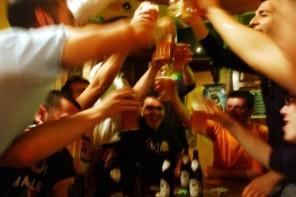 How to Prepare for an Indoor Party at Home